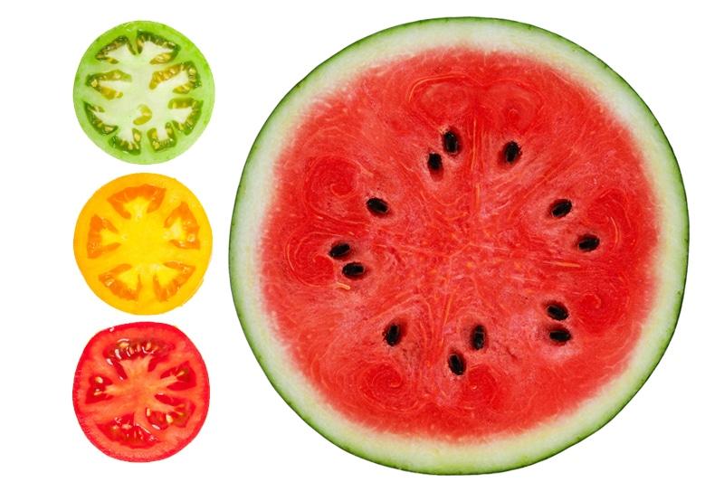 Juicing pastèque et tomate