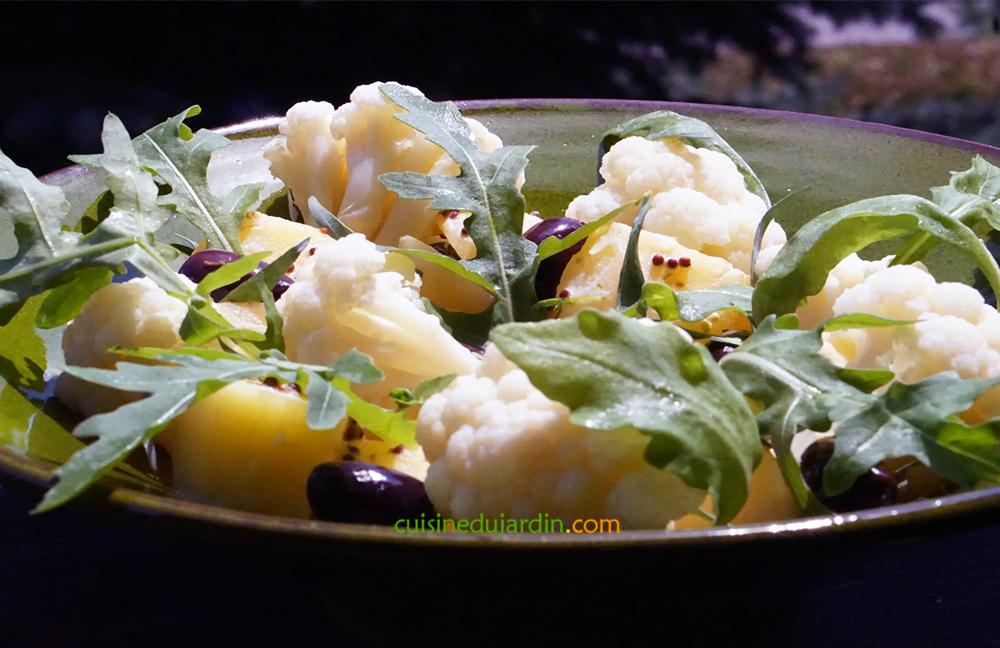 Salade de pomme de terre, chou-fleur et roquette à l'estragon