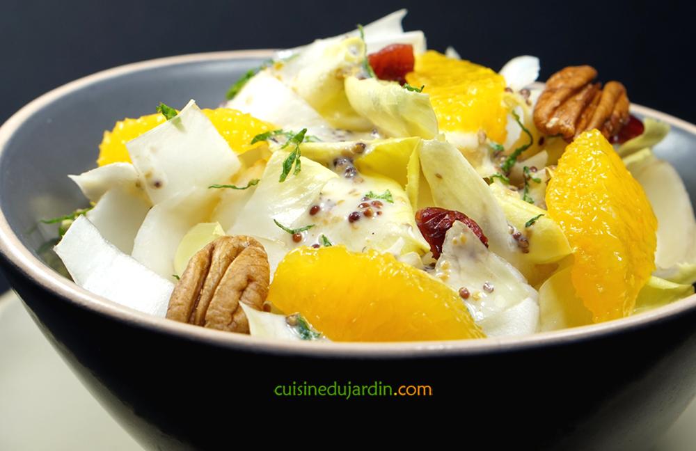 Endives sauce kéfir-menthe-moutarde, orange, noix de pécan